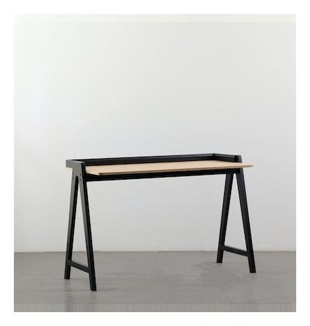 Safron Desk